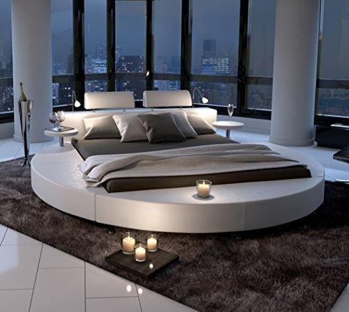 sam polsterbett in wei rundbett mit gepolstertem. Black Bedroom Furniture Sets. Home Design Ideas